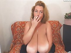 MILF Saggy Tits Webcam