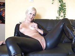 Amateur Blonde Latex Masturbation Squirt
